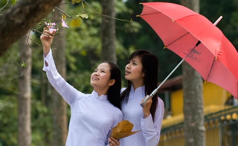 Students in Ao Dai clothe in Hue
