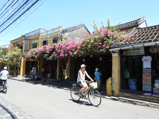 Cycling in Hoian Old Town